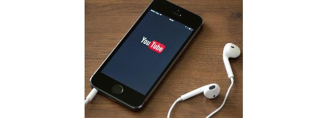 Youtube hallgatás okostelefonon sötét kijelzővel prémium előfizetés nélkül!